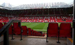 SỐC: CĐV tự tử ngay ở Old Trafford vì Man Utd đá kém