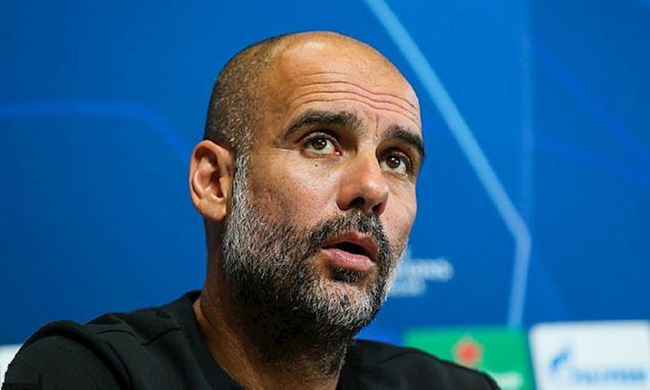 Pep Guardiola hua se tu chuc neu Man City sup do anh 2