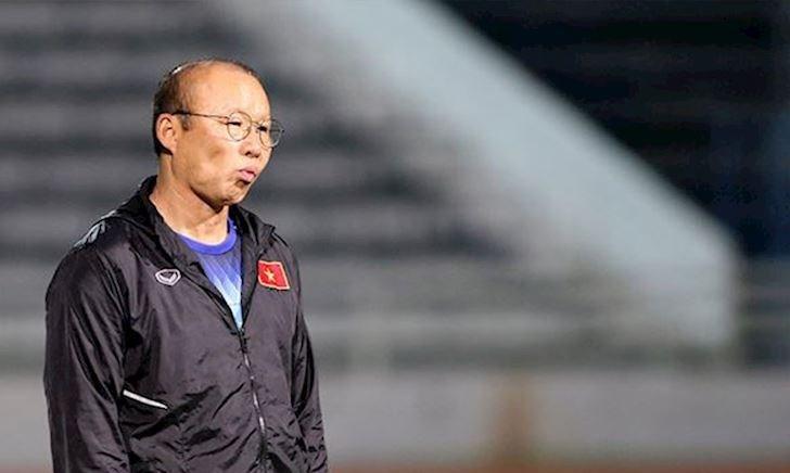Bóng đá Việt Nam ngày 9/10: Thầy Park tiếp tục mất quân HAGL vì chấn thương