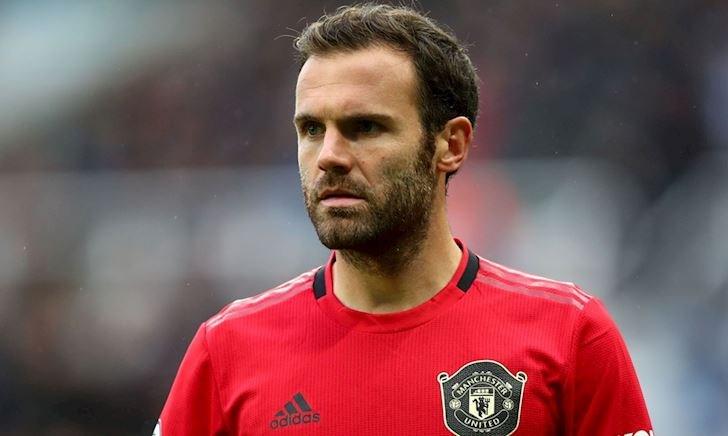 Juan Mata ám chỉ MU thua kém Leicester City