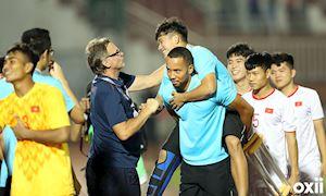 HLV Troussier tiết lộ chấn thương nặng của trò cưng sau vòng loại U19 châu Á 2020