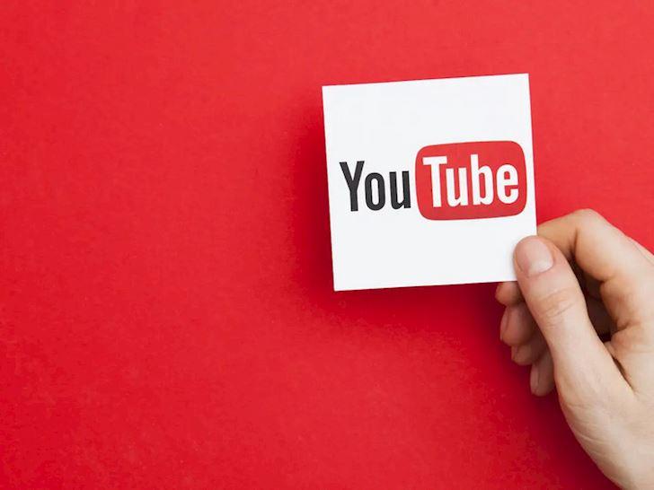 Thuc hu chuyen Youtube xoa tai khoan hang loat 1