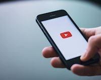 Kiếm tiền trên YouTube: con đường từ 0 subscriber đến nút vàng