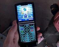 Motorola RAZR có chế độ sẽ đưa anh em quay ngược về quá khứ
