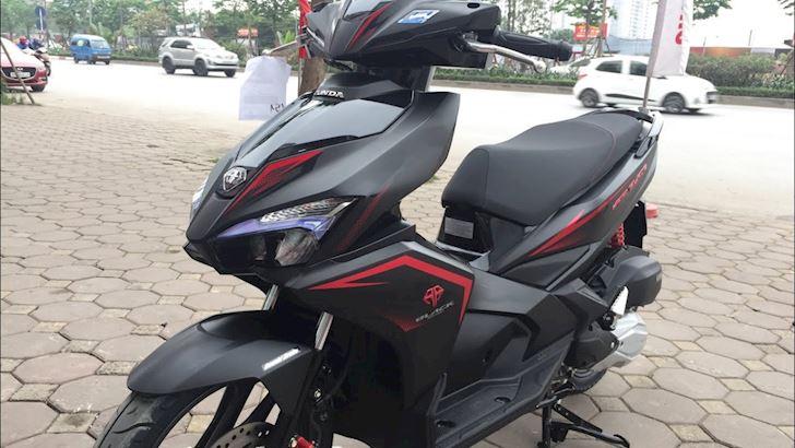 Air Blade 2019 den mo doi gia cao co phai vi chat luong son tot 4