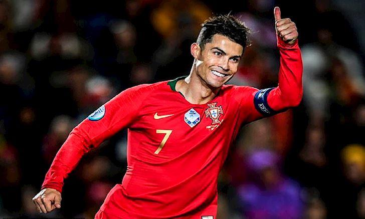 Phiem dam: Hay cho Ronaldo duoc da bong anh 2