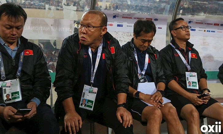 Video clip: HLV Park Hang-seo đối đáp cực gắt khiến phóng viên UAE 'đứng hình'