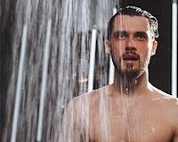 Nên và không nên tắm vào thời điểm nào trong ngày?