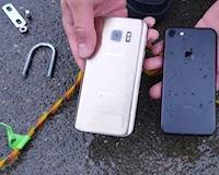 Trong khi Galaxy S7 đã quá yếu thì người ta lại đổ xô đi mua iPhone 7 mặc dù hai smartphone này ra mắt cùng năm