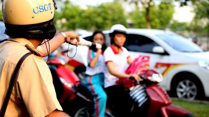 loi khong guong xe may phat bao nhieu co giam xe khong 2