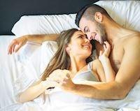 Đàn ông có bồ ăn gì để hơi thở thơm tho, hôn đâu người yêu mê đó