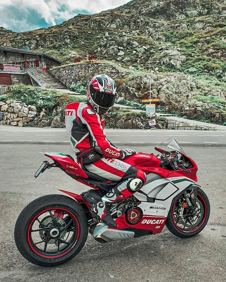 xe lon dang quay dau chen ngang hay doi better biker 18 1