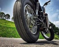 Cách vá lốp không săm trên đường đơn giản nhanh chóng