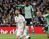 La Liga vui nhộn nhờ sự 'hài hước' của Real và Barca