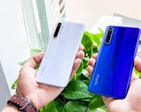 Mở hộp Realme XT chiếc smartphone đầu tiên trên thế giới được trang bị camera 64MP