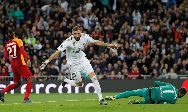 Real đại thắng, Benzema san bằng kỉ lục của Messi