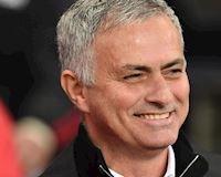 Mourinho tố Pep chỉ giỏi dùng chiêu trò PR