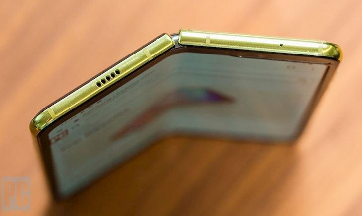 Chúng ta có thật sự cần đến điện thoại màn hình gập, màn hình kép?