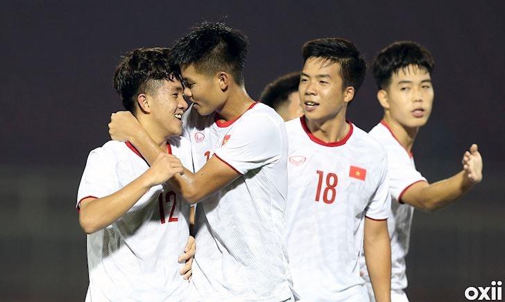 U19 Việt Nam vs U19 Nhật Bản: Chờ phép của 'phù thủy trắng'