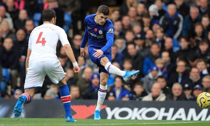 Chelsea qua mặt Man City trong ngày đội trưởng Mỹ đá như hack