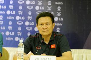 CLIP giải U22 ĐNÁ 2019 - HLV Nguyễn Quốc Tuấn :'Việt Nam không mang đến đây lực lượng mạnh nhất'