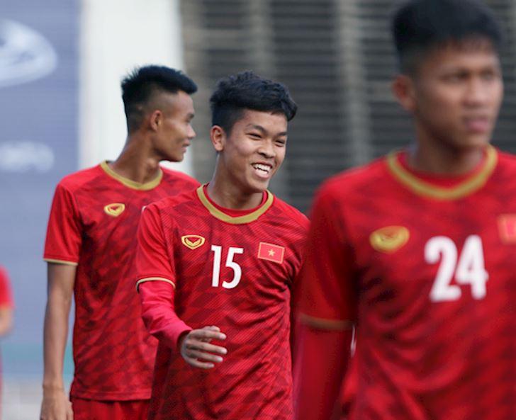 Điểm nóng bóng đá Việt Nam ngày 17/2: U22 Việt Nam xuất quân, CLB Hà Nội 'hành xác' đến Trung Quốc 1