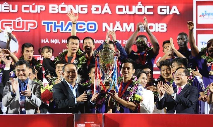 Điểm nóng bóng đá Việt Nam ngày 17/2: U22 Việt Nam xuất quân, CLB Hà Nội 'hành xác' đến Trung Quốc