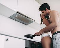 Làm sao để tăng cường testosterone tự nhiên, hormone quyết định sự nam tính?