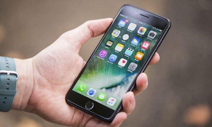 Người dùng iPhone thường hướng đến gia đình nhiều hơn