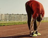 Giúp anh em tăng độ dẻo dai cho cơ gân kheo với bài tập lạ mà không lạ