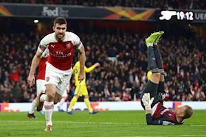 Có lần đầu tiên, Arsenal hiên ngang đi tiếp ở Europa League