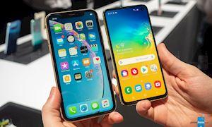 Samsung S10e 'chiến' iPhone XR: Liệu 'thiên hà' số 10e có địch nổi iPhone 'Xém Rẻ'?