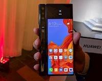 Năm 2019 sẽ không phải là thời điểm thích hợp để mua Galaxy Fold hay Huawei Mate X