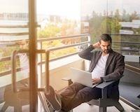 Gửi những người đàn ông thông minh - Đừng dành 8 tiếng mỗi ngày để…ngồi