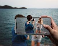 Độc đáo phụ kiện hiển thị 3D trên iPhone, Pixel hoặc Galaxy giá rẻ khiến nghe là muốn mua ngay