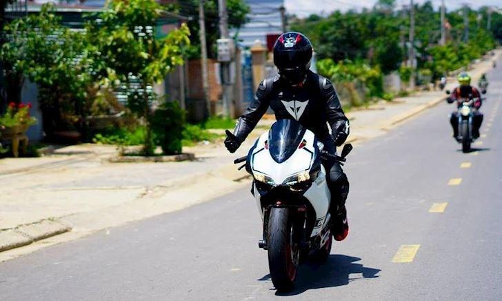 3 dấu hiệu thường dùng nhất khi đi đường mà biker phải biết