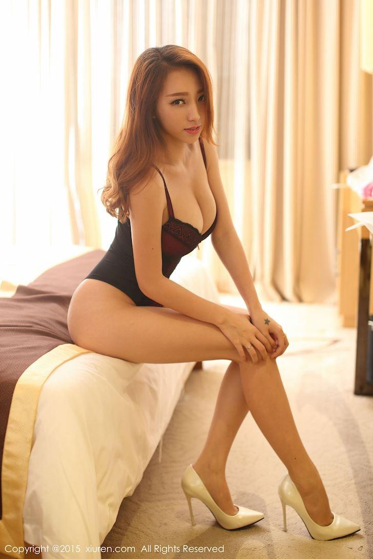 hot-girl-lily-phu-nu-quyen-ru-nhat-khi-mac-do-ngu