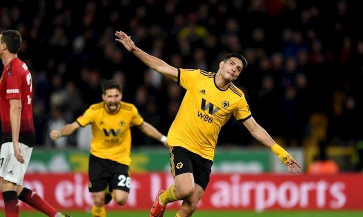 Wolves lại tạo sốc, Man Utd văng khỏi FA Cup