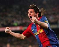 Messi - từ 'thằng nhóc một kèo' trong mắt Mourinho tới đấng toàn năng trên sân cỏ