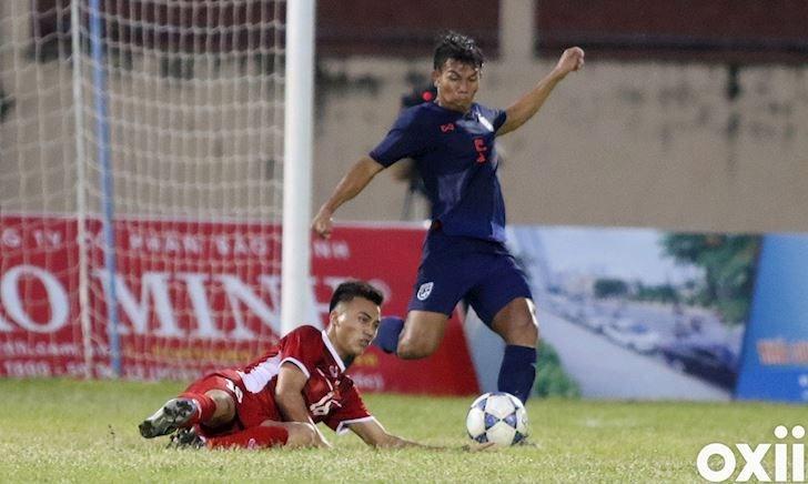 Đá 'gấu', sút vỡ ghế, U19 Thái Lan vẫn không thể hạ U19 Việt Nam