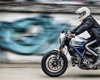 Mô tô Ducati Scrambler Cafe Racer lạ mắt với tông màu xanh lam