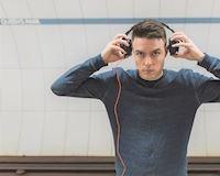 Đàn ông nên nghe gì khi đang tập trung làm việc?