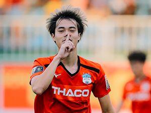 Văn Toàn dẫn đầu Vua phá lưới V-League 2019