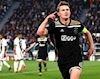 De Jong khuyên người hùng Ajax bỏ M.U, chọn Barca