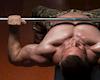 Hỏi – đáp: Làm sao để đẩy ngực nặng hơn?