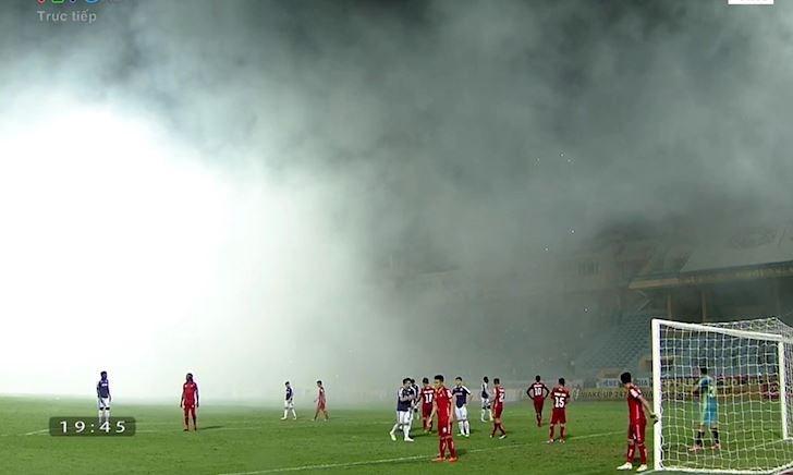 Điểm nóng ngày 25/4: Hà Nội FC không phục án phạt pháo sáng