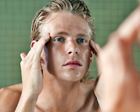Đàn ông 30 tuổi không muốn bị CHÊ GIÀ thì nên biết cách chăm sóc da