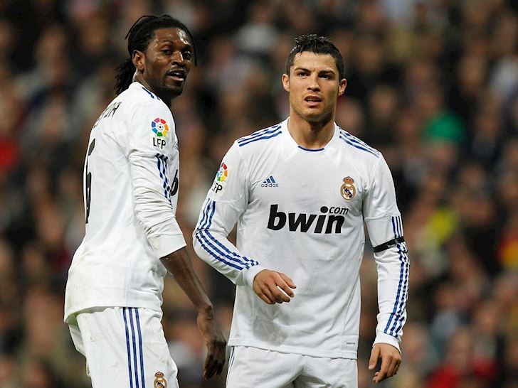 Ronaldo bien dong doi thanh lu con nit tren san tap anh 1