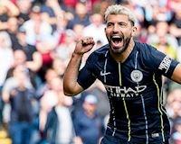 Aguero hóa người hùng, Man City lấy lại ngôi đầu bảng