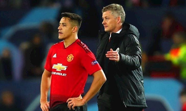 M.U phải cắn răng trả đống tiền 'mời' Sanchez rời Old Trafford